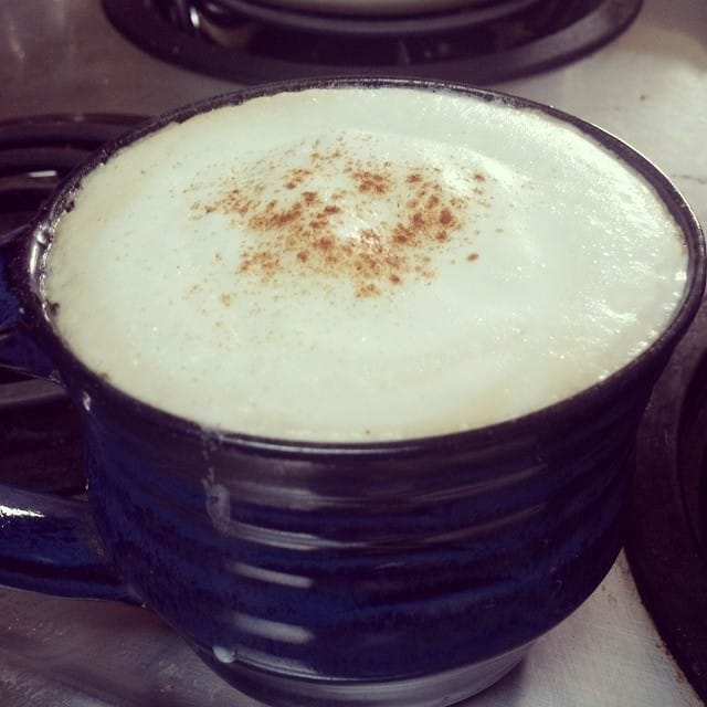 My friend's cappuccino maker is taking my @bluelotuschai to a…