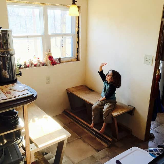 Getting closer to a built-in dining nook! #tinyhouse #building Read…