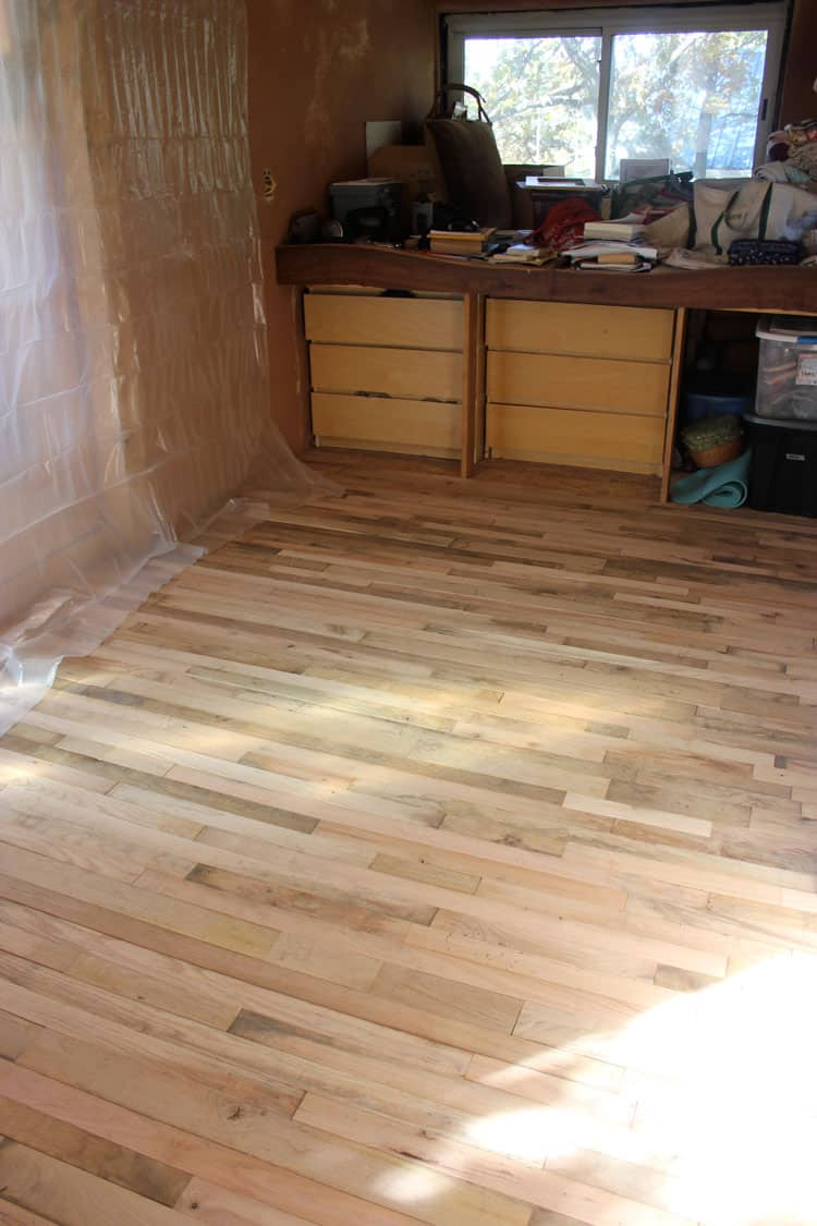 Building a Tiny House :: Installing a Hardwood Floor | Homestead Honey  https://homestead-honey.com